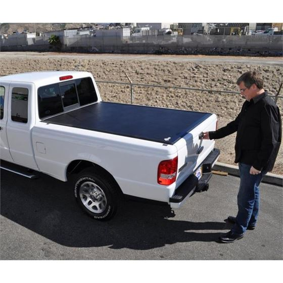 BAK BakFlip VP Tonneau Covers 01
